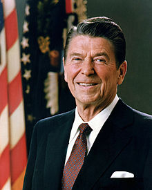 http://upload.wikimedia.org/wikipedia/commons/thumb/1/16/Official_Portrait_of_President_Reagan_1981.jpg/220px-Official_Portrait_of_President_Reagan_1981.jpg