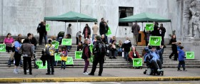 Women Rally for Measure 80 With Moms for Marijuana