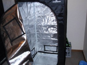 LED Grow Tent Setup & Home Grow Setups for Amendment 64 - 2u0027x2u0027 LED Grow Tent - Weedist