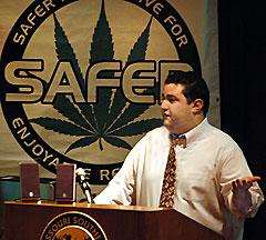 mason tvert safer marijuana policy project Source http://www.joplinindependent.com/pics/mariwinn_9911a.jpg
