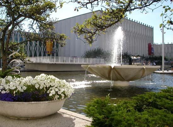Pacific-Science-Center-Fountain - Copy