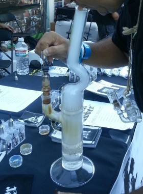 Dabbin Like Hell @ High Times Seattle Cannabis Cup 2013