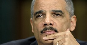 Bloomberg: Eric Holder's Pot Problem