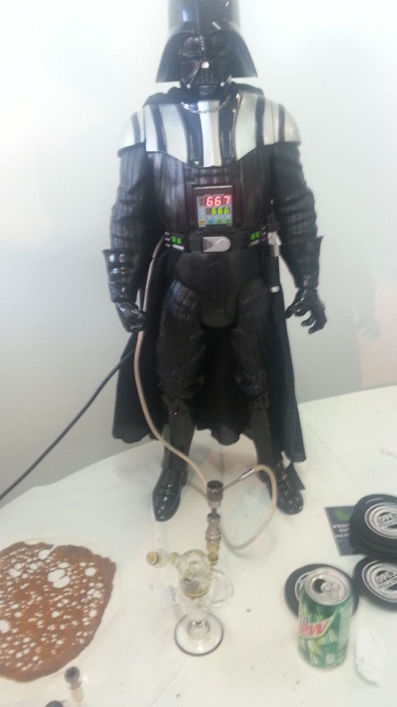 Instafire: Secret Cup Darth Vader E Nail - Weedist