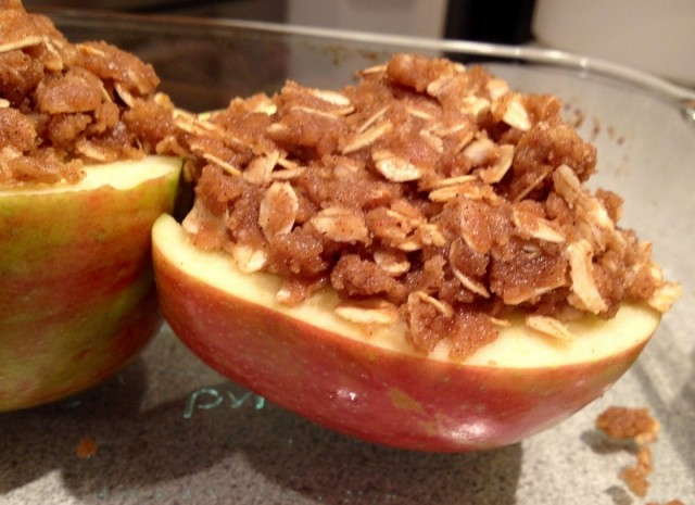 "Great Edibles Recipes: ""Baked"" Cinnamon-Oat Apples"