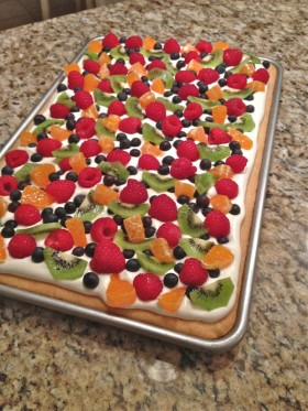 Great Edibles Recipes: Mary-Jane's Fruit Pizza