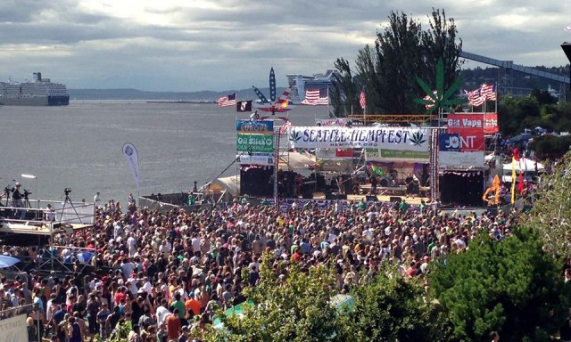 Hempfest 2014: A Bit More Serene, but Still All About the Green, Source: @diablodabs