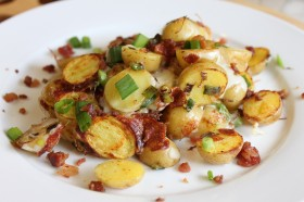 "Great Edibles Recipes: Bacon and Cheddar ""Pot-Potatoes"""