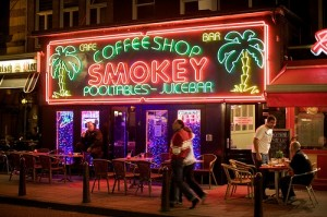 Can Tourist Use Coffee Shops In Amsterdam