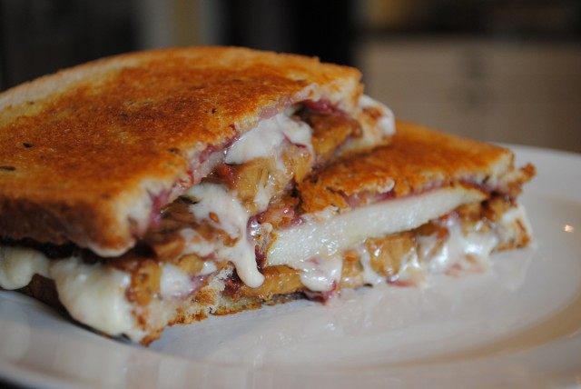 Great Edibles Recipes: Raspberry-Pear Grilled Cheese Sandwich, Source: http://www.thatwasvegan.com/wp-content/uploads/2012/05/pear-bacon-raspberry-grilled-cheese4-1024x685.jpg