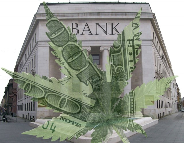 Oregon Bank Accepts Cannabis Business, Then Rescinds Offer, Source: http://cannabiscapitalsummit.org/wp-content/uploads/2014/02/Banking.gif