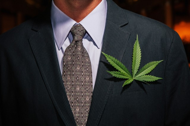 Medical Marijuana Bill Introduced in US Congress , Source: http://media.gotraffic.net/images/iPFCW293d7pY/v16/-1x-1.jpg