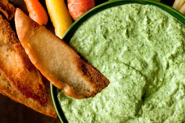 Great Edibles Recipes: Green Goddess Dip, Source: http://graphics8.nytimes.com/images/2014/04/08/dining/goddessdip/Greek-Goddess-Dip-superJumbo-v2.jpg