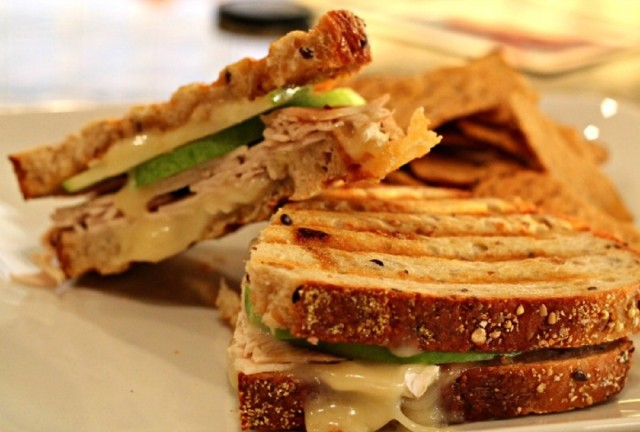 Great Edibles Recipes: Medicated Turkey, Apple, and Cheddar Panini, Source: http://theaveragegirlsguide.com/2013/05/recipe-panini-party/