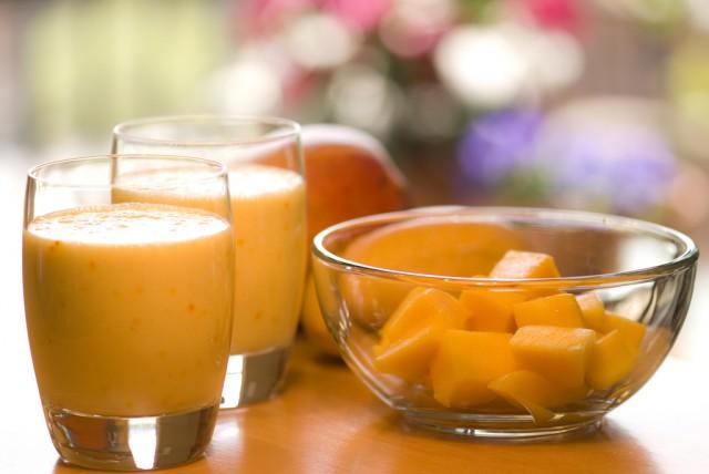 Great Edibles Recipes: Mango Lassi, Source: https://c4.staticflickr.com/8/7230/7341968664_5e14ccd9e2_b.jpg