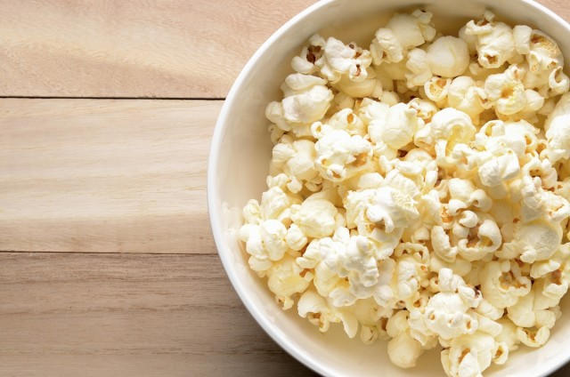 Great Edibles Recipes: Sweet & Salty Popcorn, Source: http://media4.onsugar.com/files/2014/05/19/801/n/1922729/ceaad20b06df5698_481504713.xxxlarge_2x.jpg