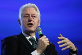 Marijuana Legalization: Bill Clinton And Tom Vilsack Note High Value of Weed As Cash Crop