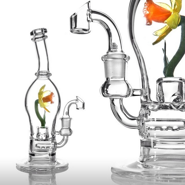 Piece of the Week | Philly Floral Rigs by Katie Severance - Weedist