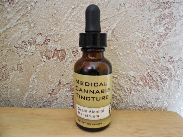 Product Review: Pure Medical Cannabis Tincture by Cannabis Medicinals of California, Source: Weedist.com